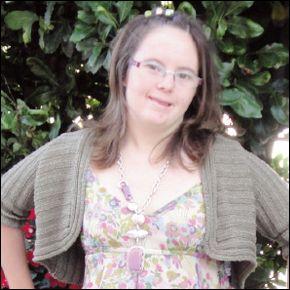 Rocío San Miguel, que lleva ya cuatro años trabajando en la sección de libros de El Corte Inglés.