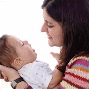 Emilio Ruiz, psicólogo de la Fundación, dirige un seminario mensual al que acuden los padres de atención temprana