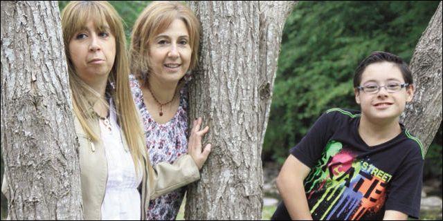 Raúl Samperio con sus tías