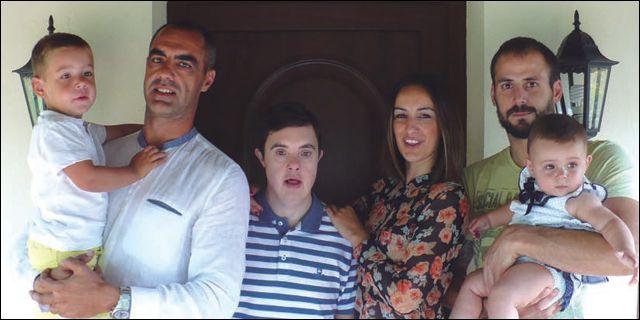Héctor y su familia